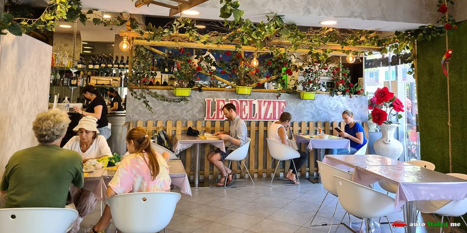 Интерьер ресторана Le Delizie в Помпеях